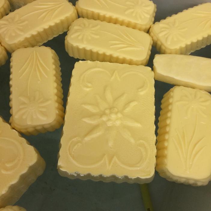 Butter von der Schlickeralm: nur gegen Vorbestellung und trotzdem immer ausverkauft.
