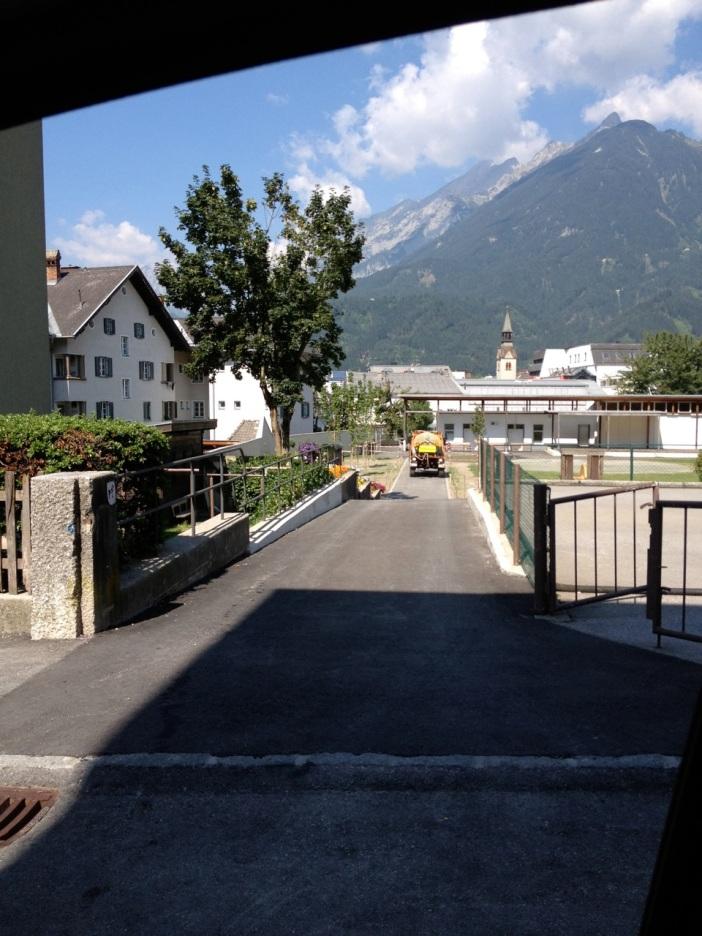 War das Teil eins der 'Zerstörung des Postparkts in Schwaz'? Diese Platanen wurden kurzerhand umgeschnitten.