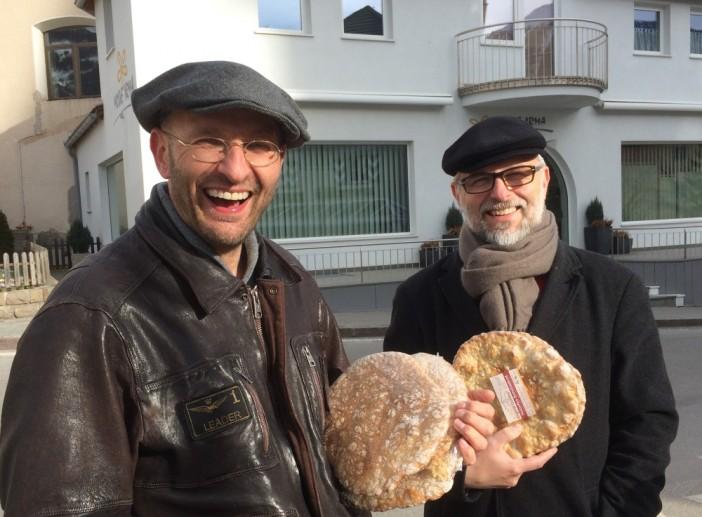 Hans Unterpertinger (links) mit dem bekannten österreichischen Dokumentarfilmer Alexander Schiebel