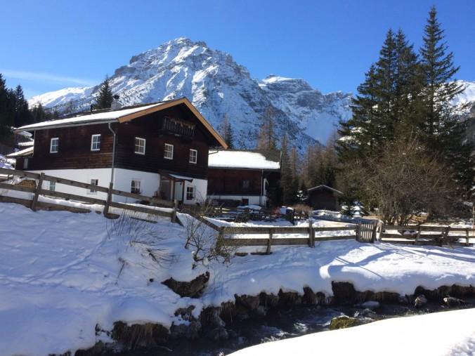 Eine Winteridylle, ganz genau so wie ich sie liebe. In Obernberg am Brenner gibt es sie noch.