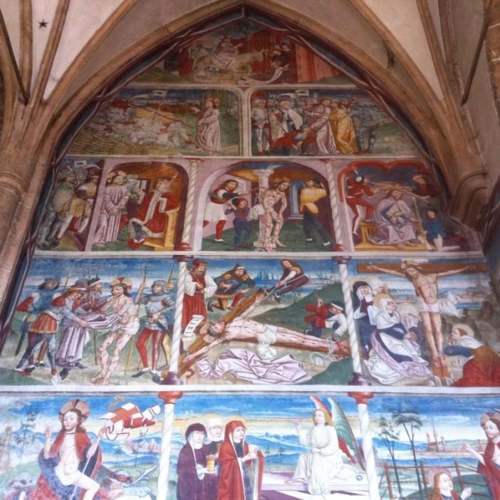 Die wunderschönen Fresken in der Kirche Maria Schnee zu Obermauern.