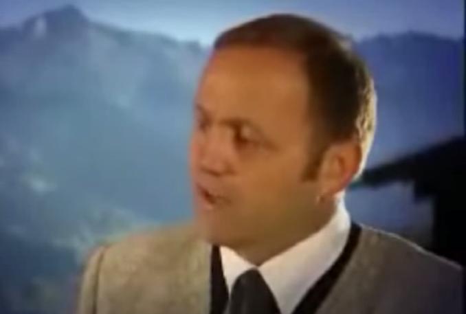 Ähnlich 'professionell' wie der Herr Geisler in diesem  unfassbaren Video auftritt tut er dies in Sachen Energie. Und die Tiroler_innen lassen sich von ihm immer noch 'vom Pferd erzählen'.