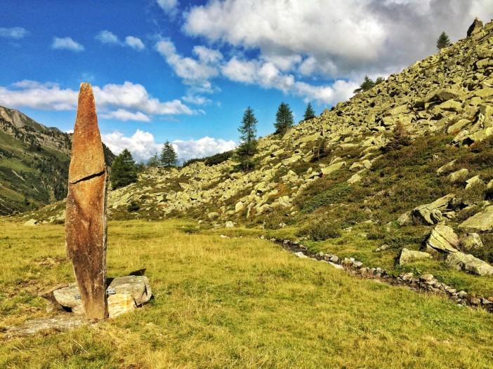 Der große Menhir auf der Wildau. Gesetzt von Erich Gatt.