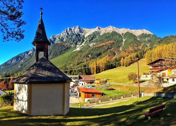 Die Rochuskapelle im Weiler Aschland.