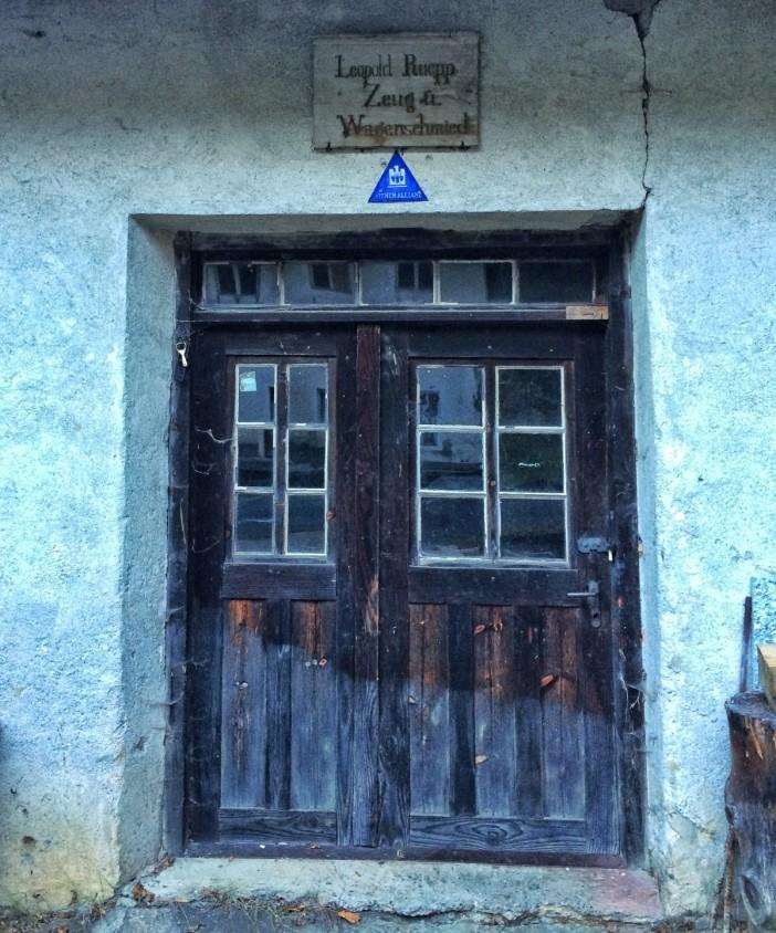 Am Rossbach hatte ein Zeug- und Wagenschmied seine Werkstatt.