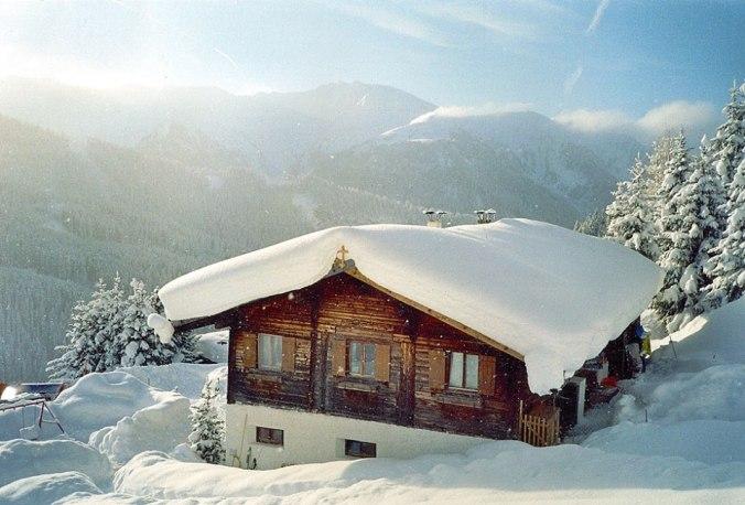 Zu jeder Jahreszeit ein Erlebnis: die Peeralm als Ausgangspunkt einer tollen Rodelfahrt im Winter oder ...