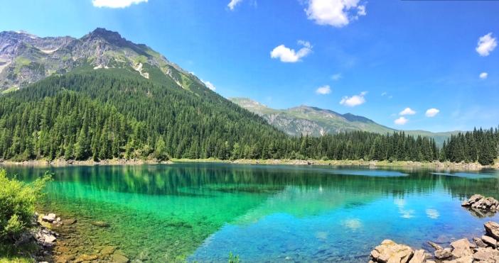 Der Obernberger See, das smaragdene Tiroler Juwel.