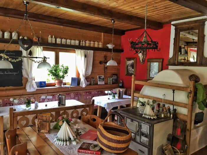 Die Pumafalle in Trins ist einer der gastronomischen Leitbetriebe im Wipptal. Für Gabi Gatscher ist die Verwendung lokaler und regionaler Rohstoffe bereits eine Selbstverständlichkeit.
