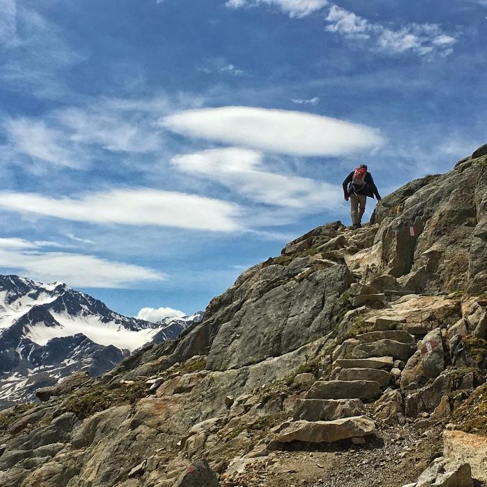 Der Abstieg nach Vent wird von einigen kurzen Aufstiegen unterbrochen.