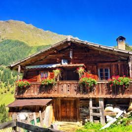 Die Schule der Alm in Vals
