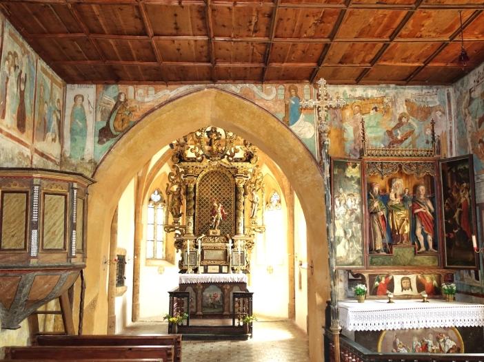 Kircheninneres St. Georg Tösens