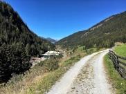 Der Weg zwischen St. Jodok und Steinach.