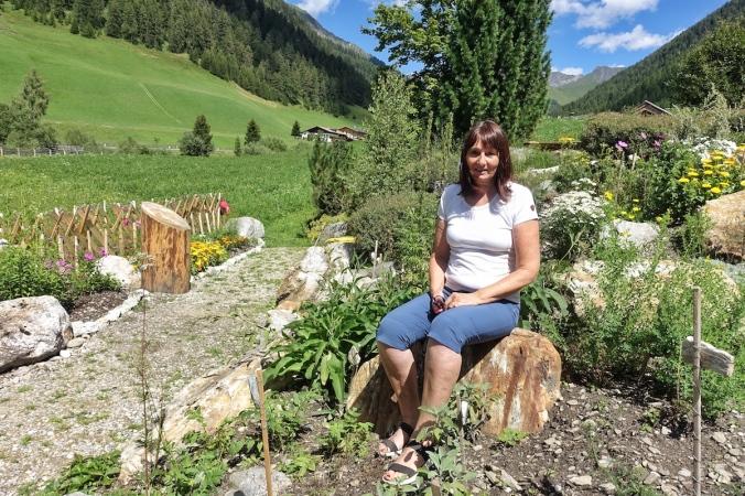 Elly Mayr, Kräuterpädagogin