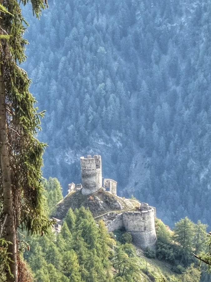 Burg Rotund, Taufers, Münstertal