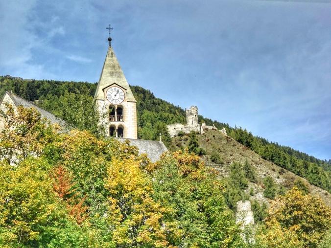 Burg Rkotund, Taufers